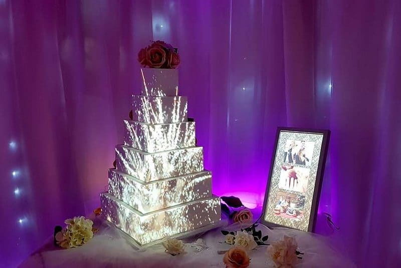 amazing projection mapping wedding cakes angie scott cakes. Black Bedroom Furniture Sets. Home Design Ideas