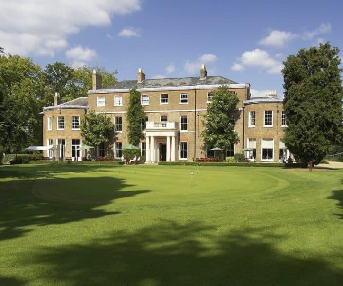 The Buckinghamshire Golf Club Clubhouse Wedding Band